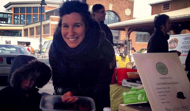 """chez chloe lavacakes 5 - Chloé, promotion 2013 """"J'ai créé mon entreprise de vente de fondants au chocolat maison à Détroit, aux Etats-Unis"""""""