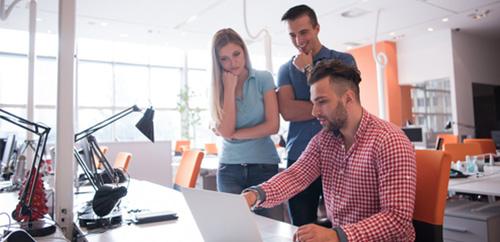 L'alternance en école de commerce : contrat d'apprentissage ou contrat de professionnalisation ?