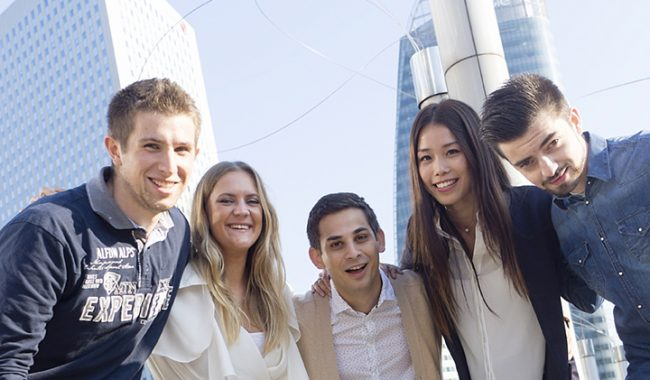 l'EMLV 3e du classement des écoles de commerce post bac pour la satisfaction des diplômés