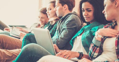 Les 5 questions à se poser avant d'intégrer une école de commerce