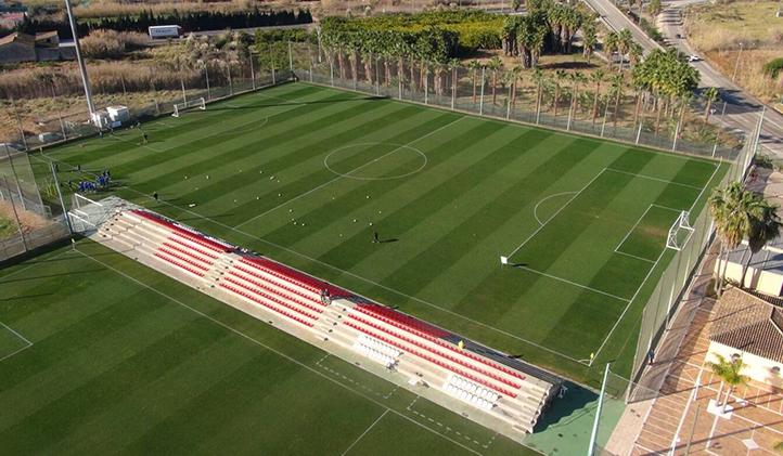 Un des terrains de foot disponibles à l'Oliva Nova Resort