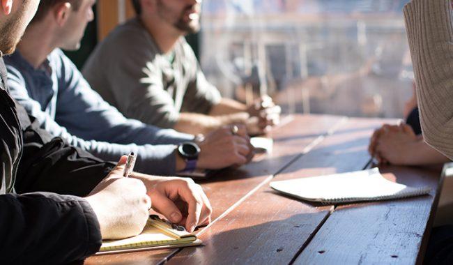 La médiation comme facilitatrice du management de projets complexes dans les entreprises