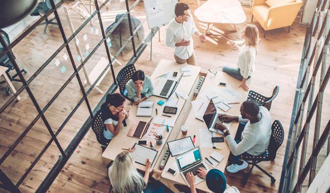 Politique de l'entreprise sur les co-travailleurs de rencontres