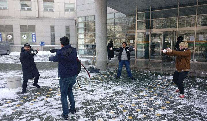 Khalil Corée du Sud bataille neige copie - Étudier en Corée du Sud : Khalil, promo 2021, en échange international à Kyonggi University