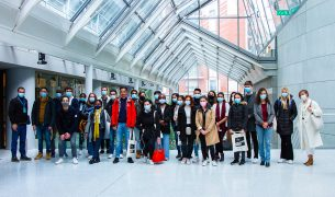 Welcome to Paris international students start their business school journey at EMLV 305x180 - MSc International Business