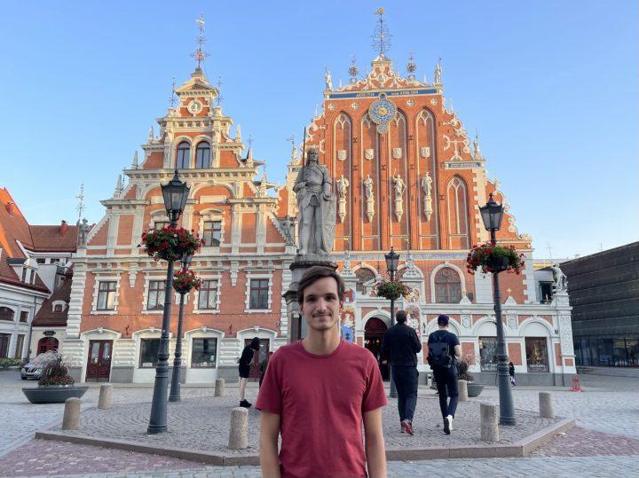 Lucas mobilite Lettonie 720x539 - Partir en échange : premiers pas des étudiants EMLV à l'international